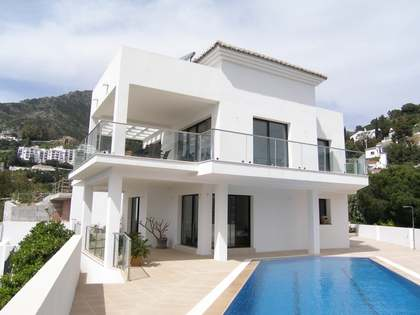 318m² villa for sale in Mijas, Marbella