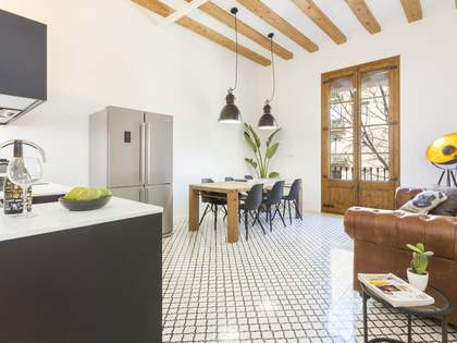 66m² Apartment for sale in Sant Antoni, Barcelona