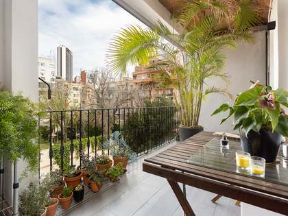 128m² Apartment with 12m² terrace for sale in Eixample Left