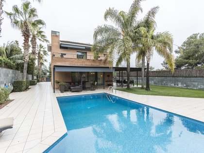 545m² Haus / Villa zur Miete in Vilanova i la Geltrú