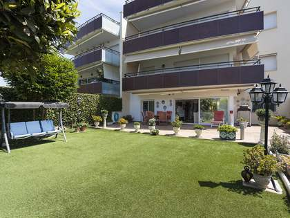 145m² Apartment with 35m² garden for sale in Terramar