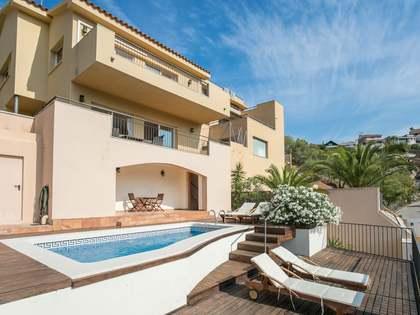 219m² Haus / Villa zum Verkauf in Levantina, Barcelona