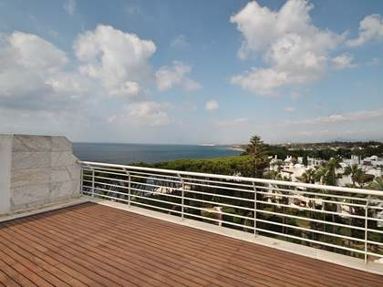 174 m² penthouse with 50 m² terrace for sale in Golden Mile