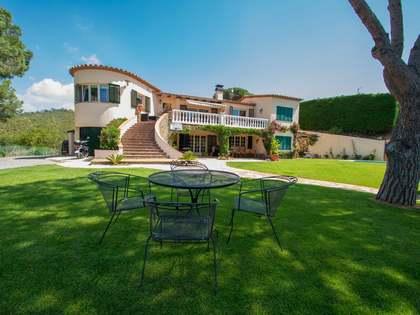 300m² House / Villa for sale in Calonge, Costa Brava