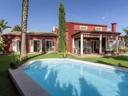Дом / Вилла 225m² на продажу в Bétera, Валенсия