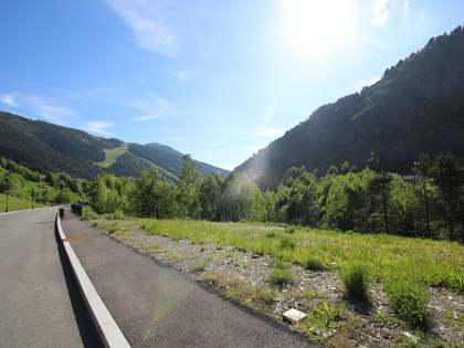 3,006 m² plot for sale in Grandvalira Ski area, Andorra