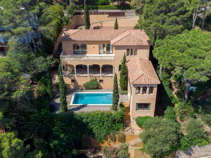 Casa / Villa di 500m² in vendita a Sa Riera / Sa Tuna