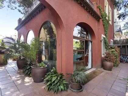 160m² Haus / Villa mit 150m² terrasse zur Miete in Esplugues