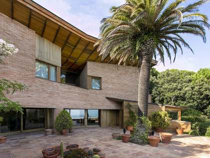 Casa con 1,250 m² de jardín en venta en Vallvidrera