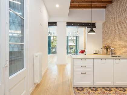 86m² apartment for sale in Sant Antoni, Barcelona