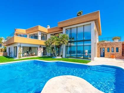 735m² House / Villa for sale in Sant Feliu, Costa Brava