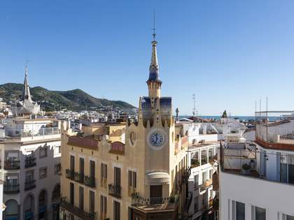 130m² Apartment with 20m² terrace for sale in Sitges Town