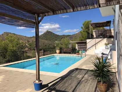 Villa de 545m² en venta en la urbanización La Paz, Gilet