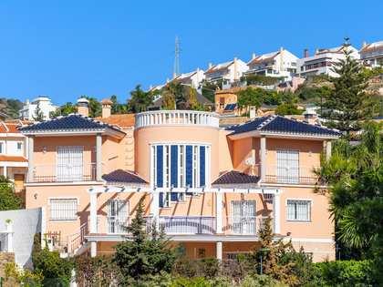 200m² House / Villa for sale in East Málaga, Málaga