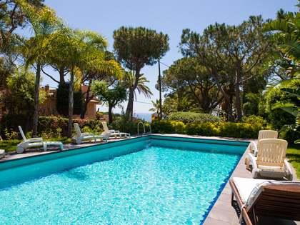 Huis / Villa van 478m² te koop in Cabrils, Maresme