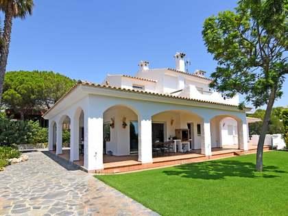 500m² Hus/Villa till salu i Vilanova i la Geltrú, Sitges