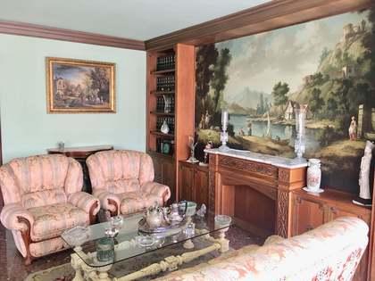 Квартира 226m², 25m² террасa на продажу в Сан Франсеск