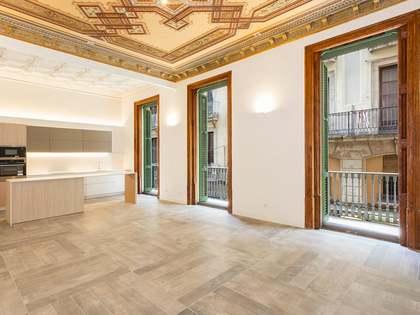 Renovated principal floor property for sale in El Gotico