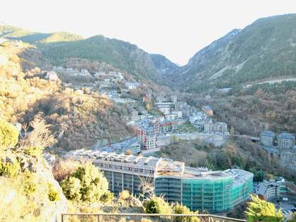 200 m² penthouse for sale in Escaldes, Andorra