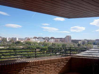 254 m² apartment with a terrace for sale in El Pla del Remei