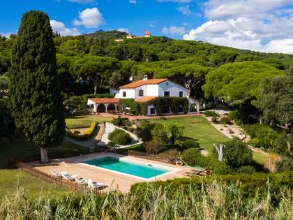 Country house for sale in Cabrera de Mar, near Barcelona