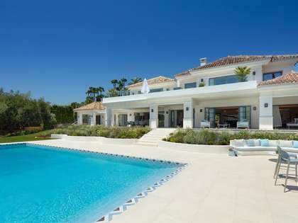 Дом / Вилла 901m², 204m² террасa на продажу в Новая Андалусия