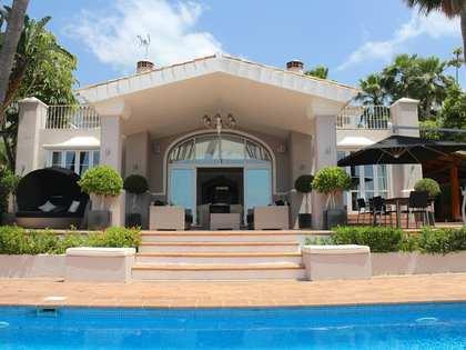 Casa / Villa di 610m² con giardino di 1,200m² in vendita a Golden Mile