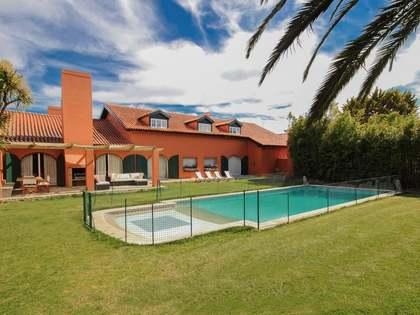 Casa / Villa de 250m² en venta en Cascaes y Estoril