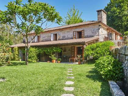 515m² Hus/Villa till salu i Pontevedra, Galicia