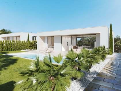 Huis / Villa van 148m² te koop met 70m² terras in Alicante ciudad
