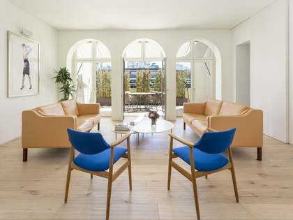 182m² Penthouse with 77m² terrace for sale in Eixample Right