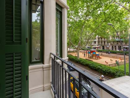 85 m² apartment with 40 m² terrace for sale in Gracia