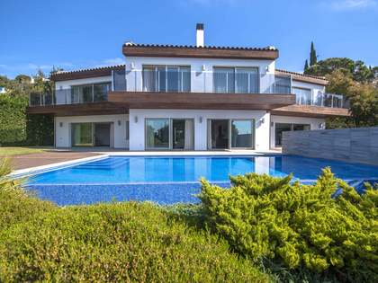 Casa / Villa de 555m² en venta en Platja d'Aro, Costa Brava