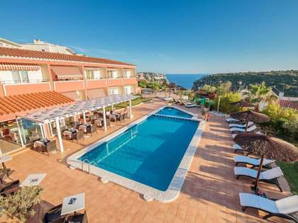 Hôtel de 1,050m² a vendre à Mercadal, Minorque