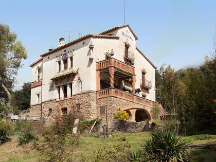 606m² Country house for sale in Vallromanes, Maresme