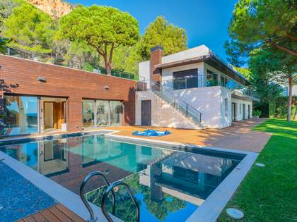 575m² House / Villa for sale in Sant Feliu de Guíxols - Punta Brava