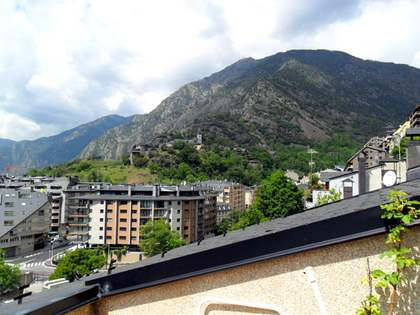 Penthouse van 110m² te koop in Andorra la Vella, Andorra
