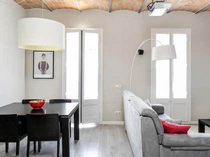 65m² Apartment for rent in Eixample Right, Barcelona