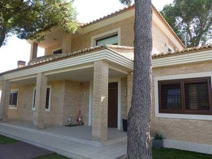 Casa / Villa de 500m² en venta en Godella / Rocafort