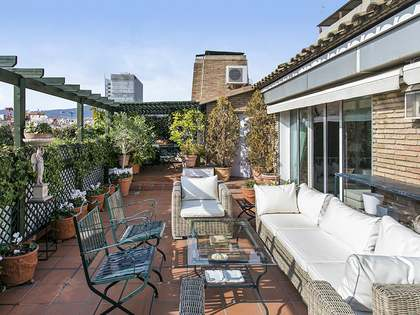 Appartement van 311m² te koop met 87m² terras in Gracia