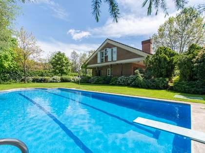 Huis / Villa van 675m² te koop in Pozuelo, Madrid