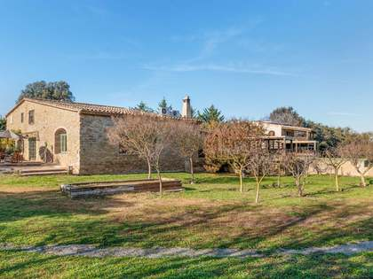 561m² country house for sale in Baix Empordà, Girona