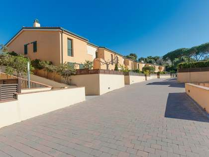 170 m² house with a garden for sale in Lloret de Mar