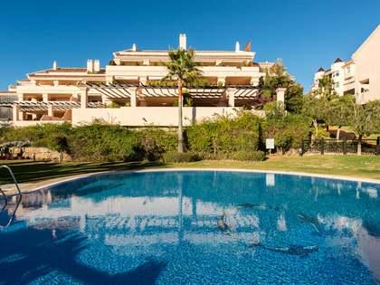 Ático dúplex en venta en el Valle del Golf, Marbella