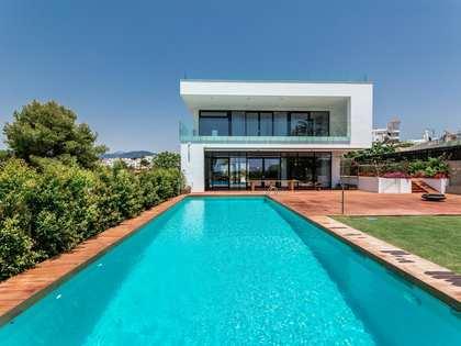 Huis / Villa van 657m² te koop met 936m² Tuin in Nueva Andalucía