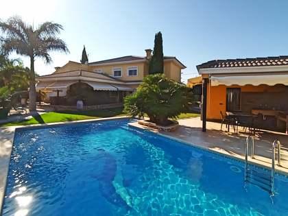 Huis / Villa van 421m² te koop in Alicante ciudad, Alicante