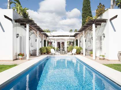 6-slaapkamer villa te koop in Nueva Andalucía, Marbella