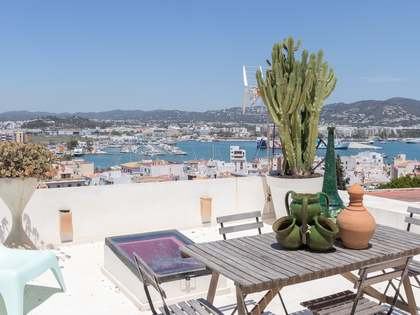 61m² Apartment with 60m² terrace for sale in Ibiza Town