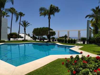 Casa / Villa de 990m² en venta en Nueva Andalucía