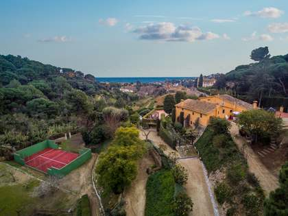Casa di campagna di 704m² in vendita a Alella, Barcelona